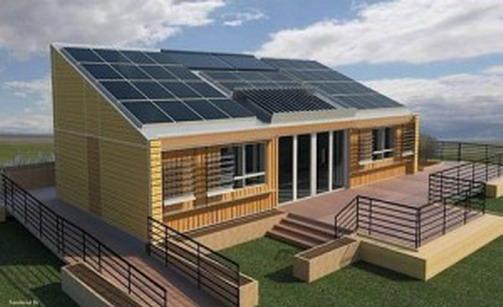 Maison en bois - panneaux solaires toiture